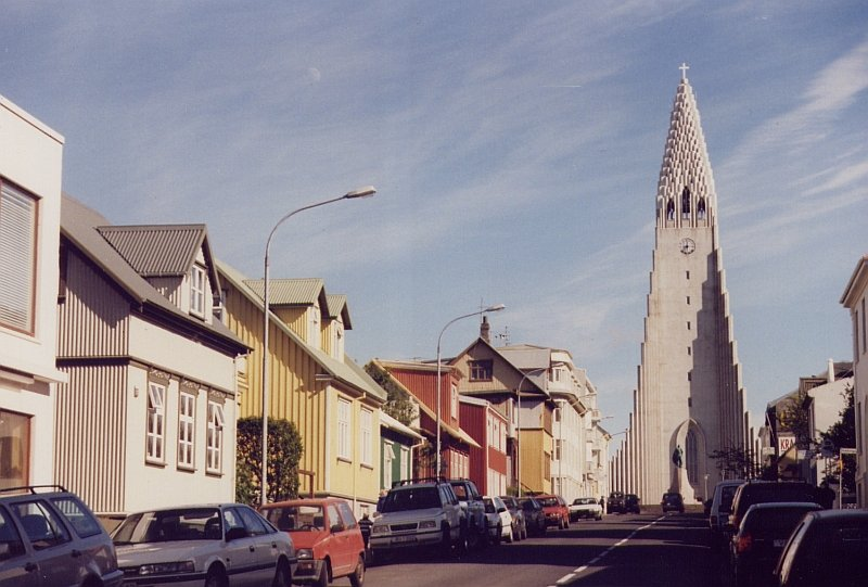 kirche in reykjavik der hauptstadt von island im juni 1997. Black Bedroom Furniture Sets. Home Design Ideas